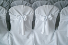 Location housse de chaise blanche noeud dossier mariage